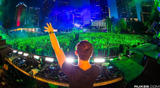 Ultra Music Festival Miami 2013 – Hardwell Liveset ! (with Tracklist)