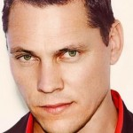 Tiësto's Club Life Podcast 388 – 90′s Mix